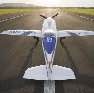 """Vollelektrische """"Spirit of Innovation"""" von Rolls-Royce erreicht weiteren Meilenstein auf dem Weg zum"""