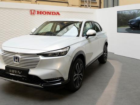 Alla Design Week di Milano anteprima nazionale del nuovo Honda HR-V e:HEV Full Hybrid.