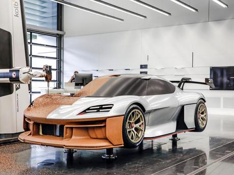 Sotto la pelle della Porsche Mission R