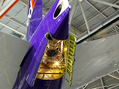 Boeing Commits to Deliver Commercial Aircraft Ready to Fly on 100% Sustainable Fuels by 2030