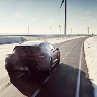 Erprobungsprogramm des Porsche Taycan Cross Turismo