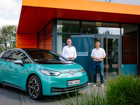 Volkswagen and TraceTronic establish neocx – a joint venture for automated software integration