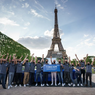 Toyota Mirai breaks world record for distance driven with one fill of hydrogen
