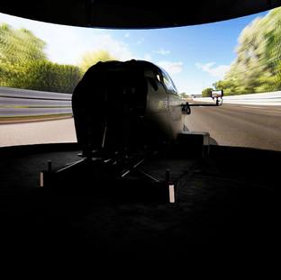 VI-grade kündigt die Installation und Inbetriebnahme des statischen Fahrsimulators bei Peugeot Sport