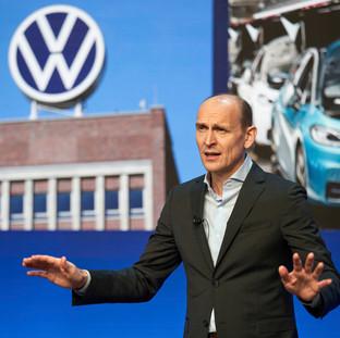 Volkswagen beschleunigt Transformation zum softwareorientierten Mobilitätsanbieter