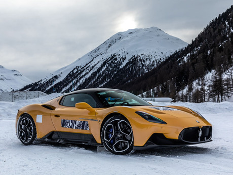 The MC20 unleashing its power in the snow.
