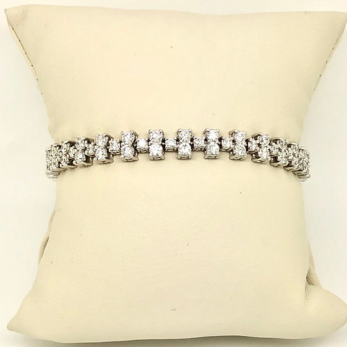 Ladies 14kt White Gold Diamond Bracelet