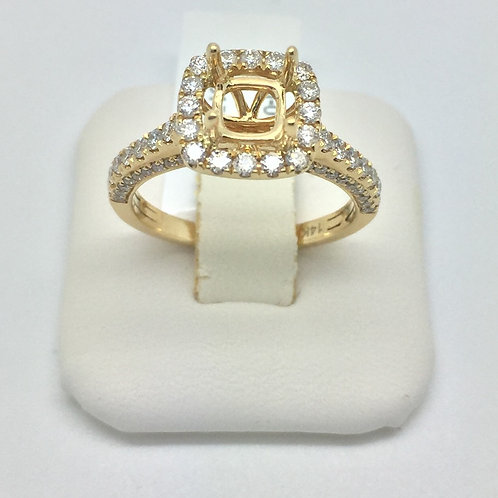 Diamond Engagement Halo Setting in Yellow Gold