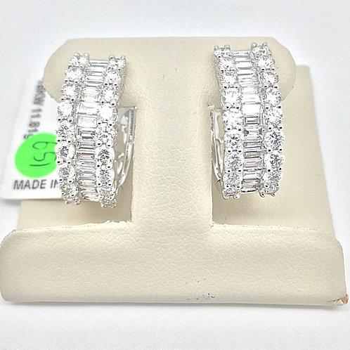 Diamond Earrings in White Gold