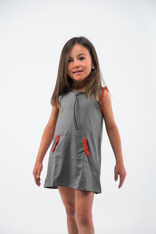 Vestido gris con puntilla naranja