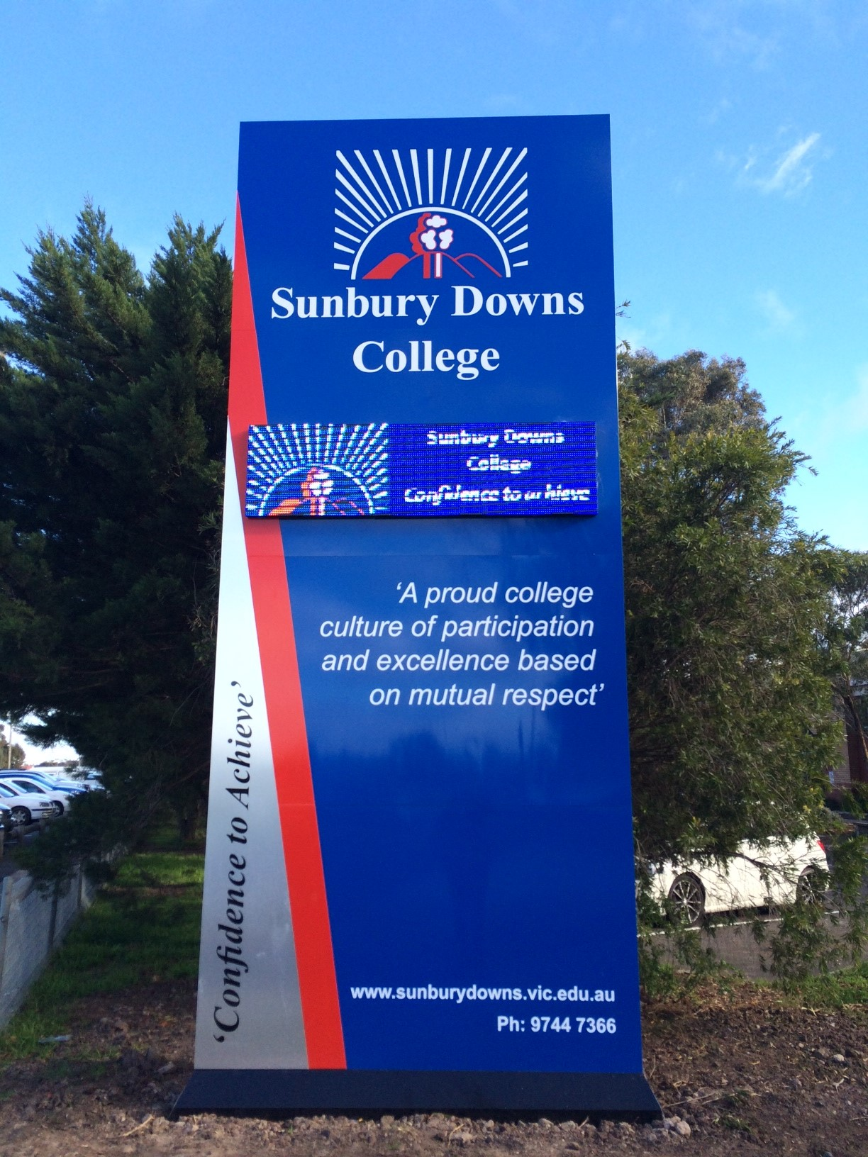 Sunbury Downs College