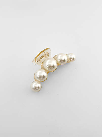 Kate Pearl Hair Claw | Ivory