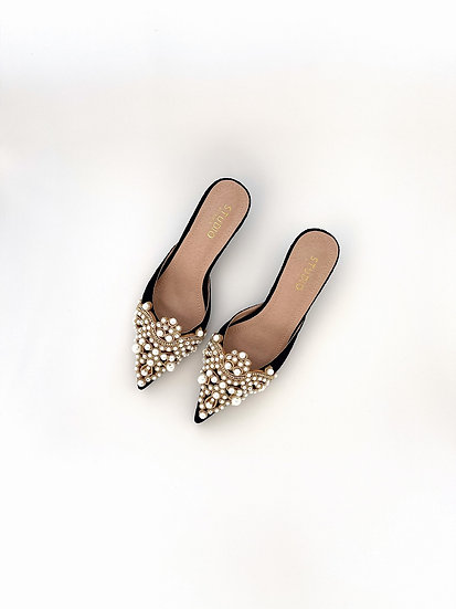 Diana Pearl Slippers | Black Lace