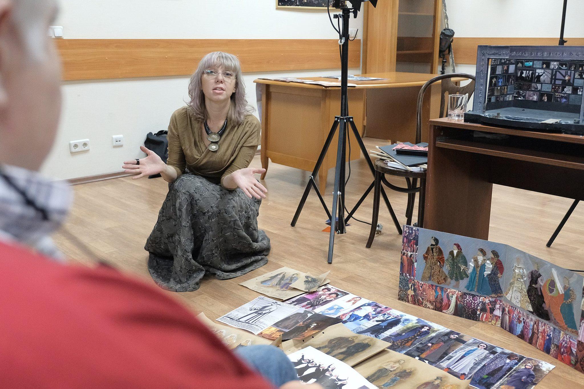 Нина Велегжанинова, костюмограф