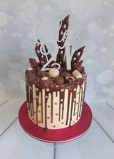 Chloe 21 cake.jpg