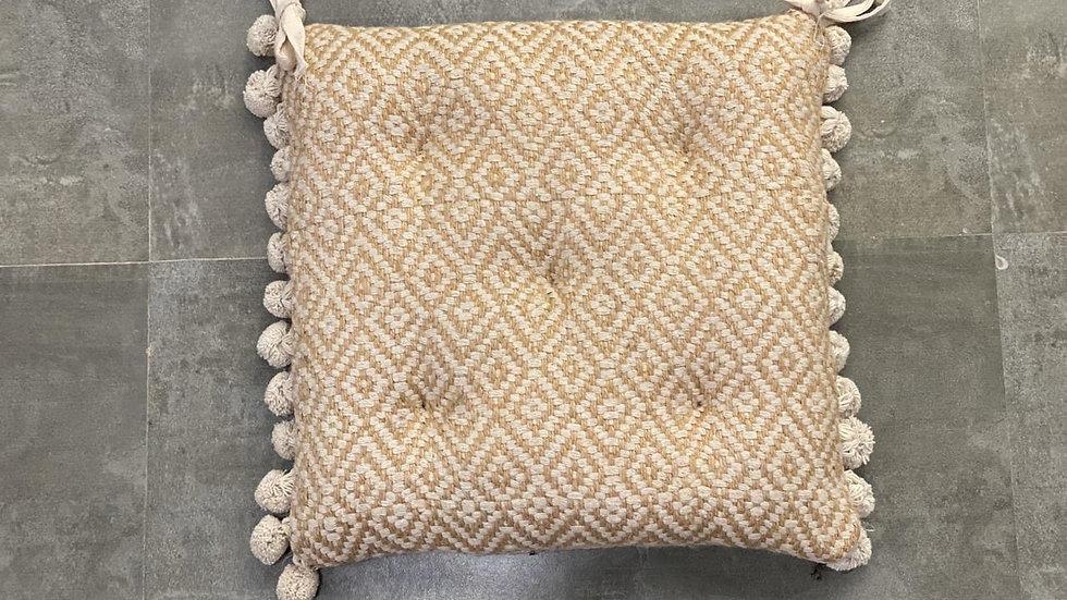 Jute jacquard chairpad with Pom Pom (set of 2)