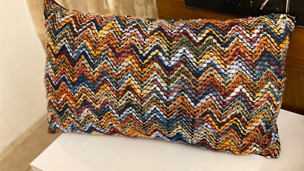 Acrylic zig zag multicolor lumbar cover
