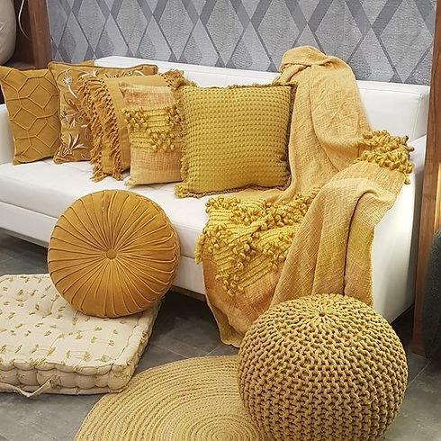 💛💛💛💛 #decor #indiandecor #yellowdeco