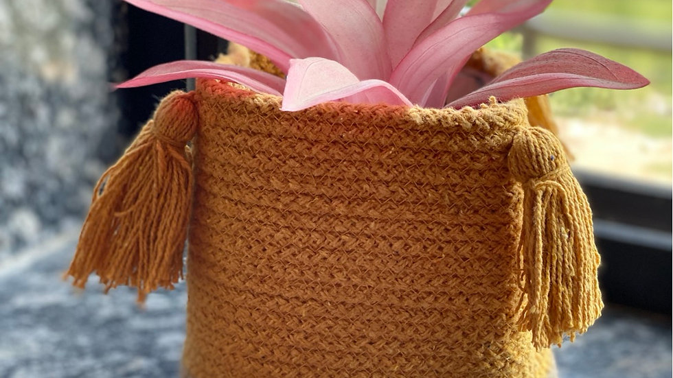Yellow cotton jute planter