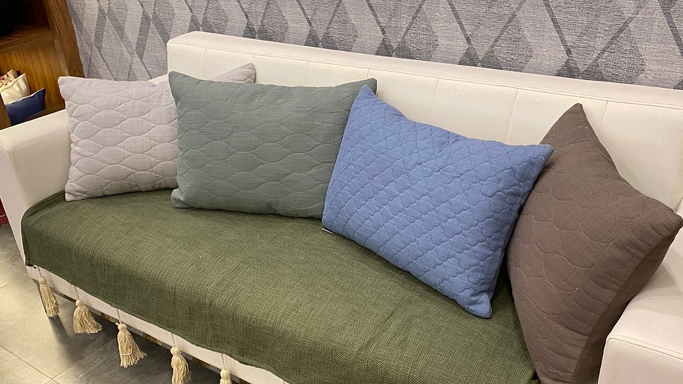 Set of  4 quilted lumbar pillow with filler