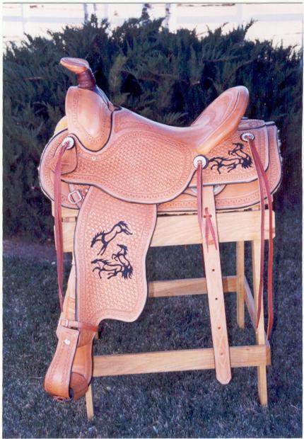 Saddle1.jpg