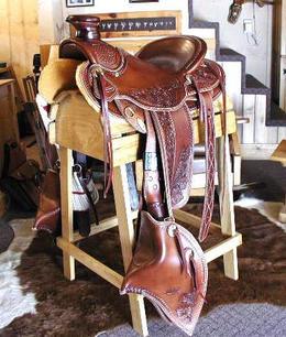 Saddle3.jpg