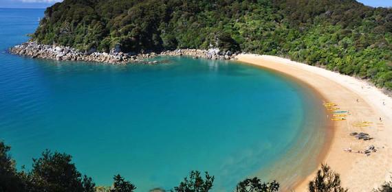 Abel-Tasman-Coast-Track-guided-walk-2.jp