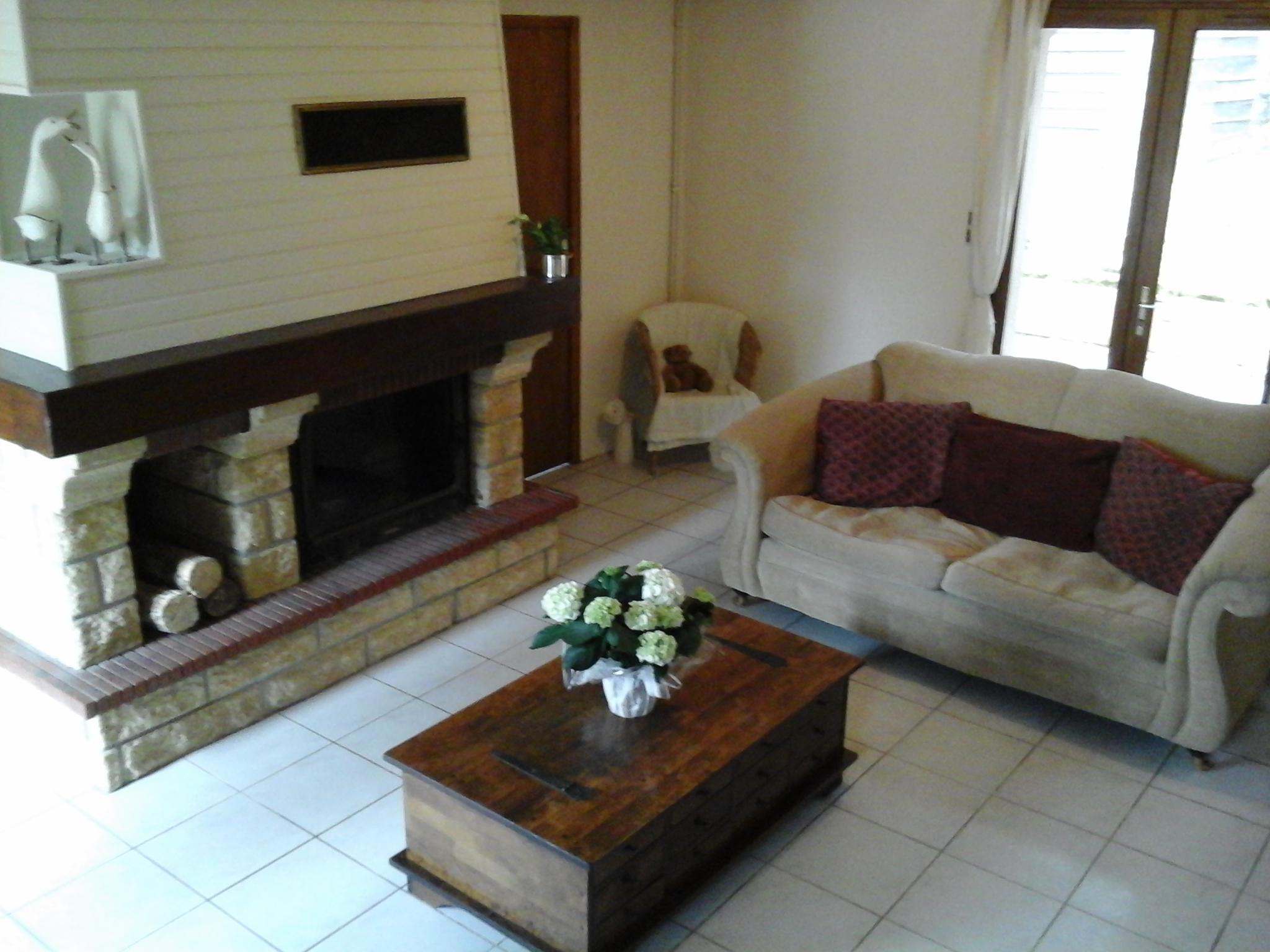 The Living Room -3.jpg