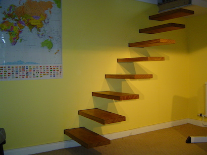 Cantilever hardwood staircase
