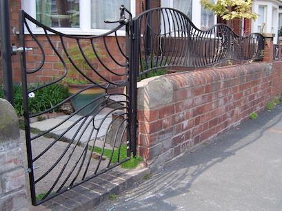 Butterfly gate & railings