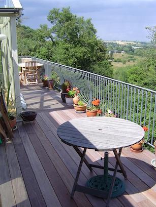 Balcony railings & steps