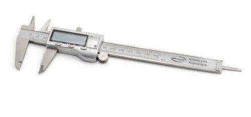Calibre Digital De Acero 200mm Con Estuche Wembley