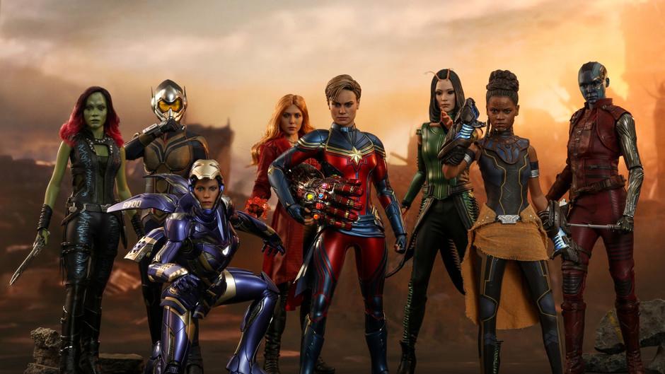→《Avengers: End game》Captain Marvel 飛到嚟