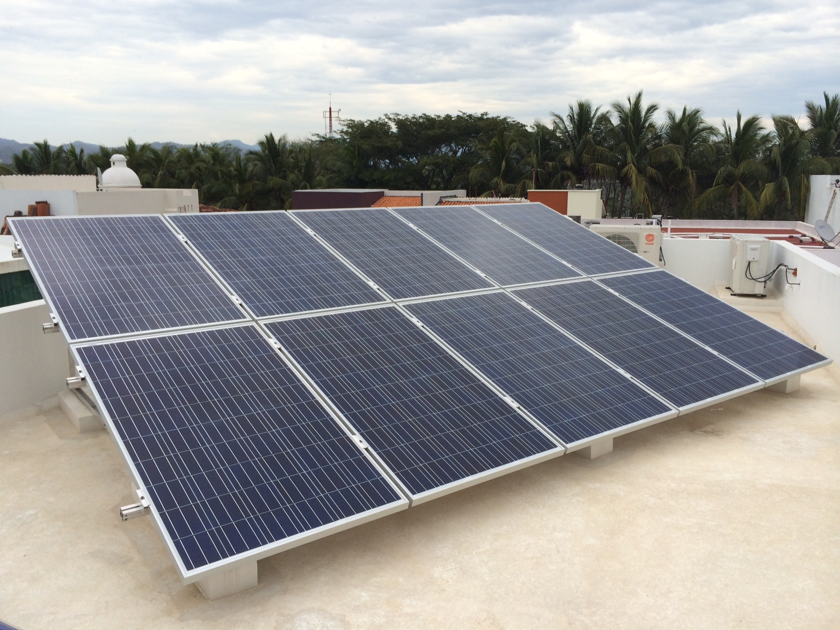 2.50 KW_Unimen poly 250W panel_Puerto Vallarta_Mexico