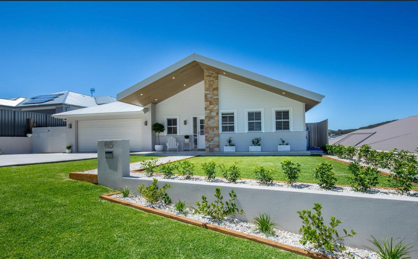 Front - Gawul Project, Nelson Bay
