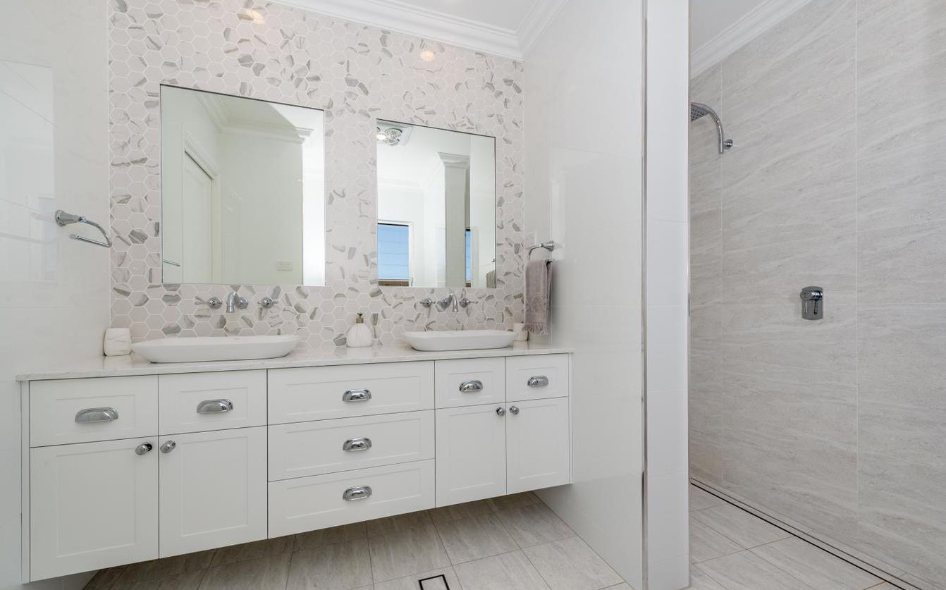 Bathroom - Gawul, Nelson Bay