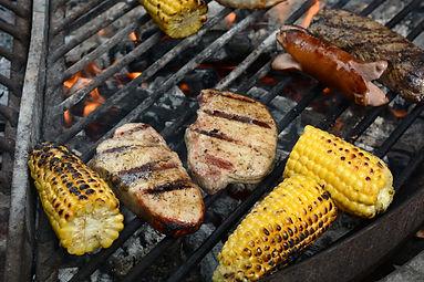 grilling-3395056.jpg