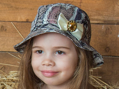 """Шляпка для девочки """"узкие поля"""""""