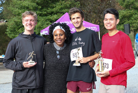 "Dr. Orjioke awards the top 3 ""Runners"" finishers    Covenant Pulmonary Critical Care Inaugural Breathe Easy 5K Run & Walk  Saturday - November 16, 2019  Photo: VISDECO"