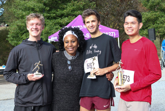 "Dr. Orjioke awards the top 3 ""Runners"" finishers    Covenant Pulmonary Critical Care Inaugural Breathe Easy 5K Run & Walk  Saturday - November 16, 2019  Photo: VISDECO"