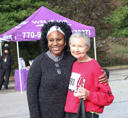"Dr. Orjioke awards ""Walkers"" second finisher  Covenant Pulmonary Critical Care Inaugural Breathe Easy 5K Run & Walk  Saturday - November 16, 2019  Photo: VISDECO"