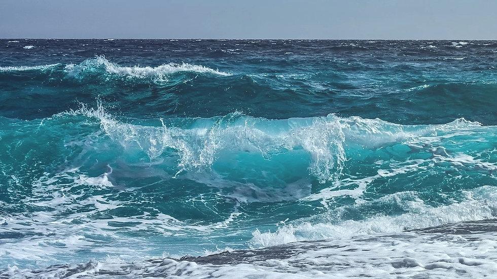 wave-3473335_1280_edited_edited.jpg