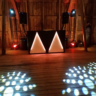 Big Barn Wedding Lighting Setup