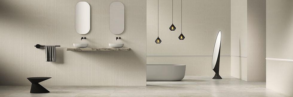 Badezimmer mit Kunst von Sandhelden und Rive Roshan