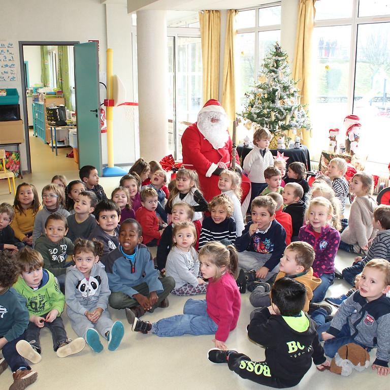 Le père Noël à l'Ecole Maternelle