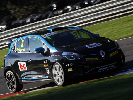TOP FIVE FINISH FOR ALEX AT BRANDS HATCH