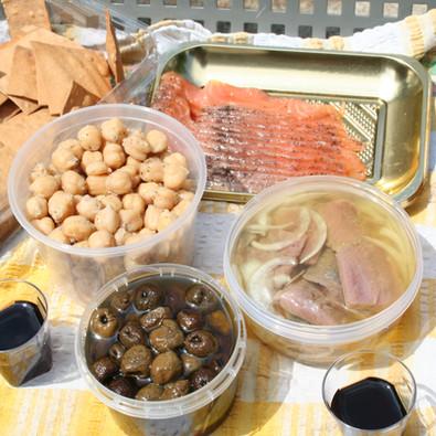 Tastings of Herring, Gravlax, baked olives and more
