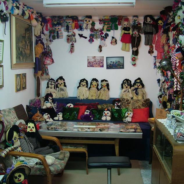Grandma Renia's Dollhouse