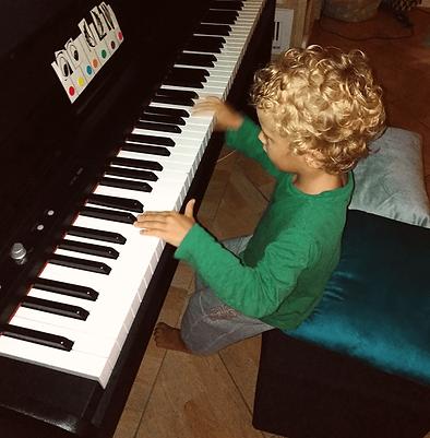 cours-de-piano-enfant-charenton-min.png