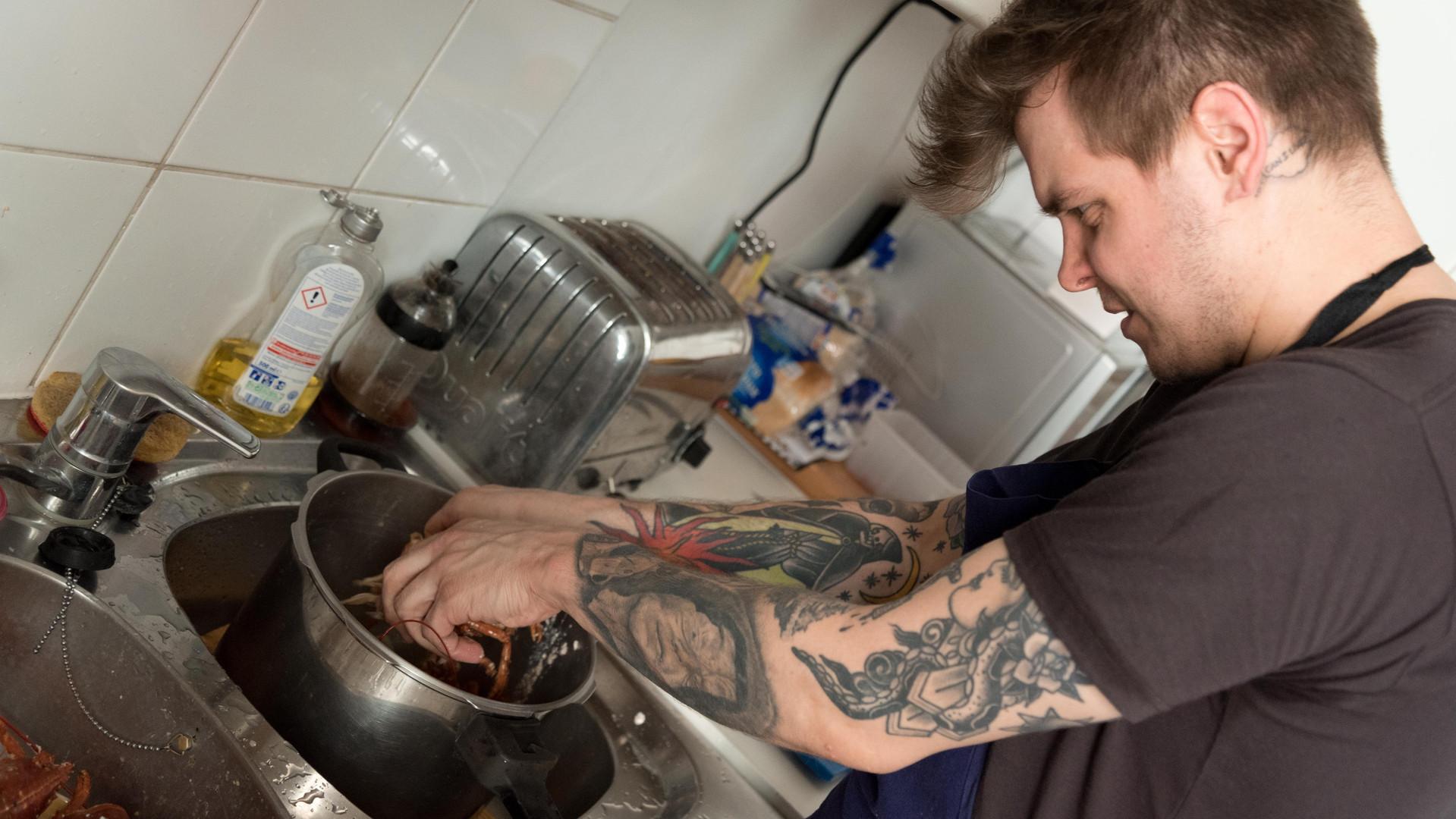Robert Cox - Cooking Lobster